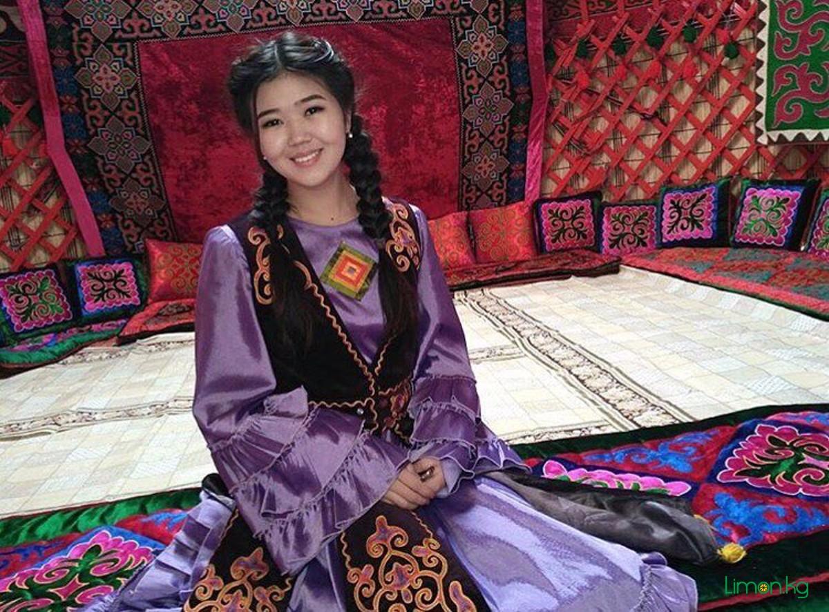 Русский ебет киргизку, Казахское узбекское киргизское порно 8 фотография